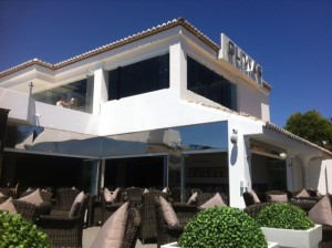 Glass Curtains Spain, Glass Curtains Costa Del Sol, Stainless Steel Pool Surrounds Costa del Sol,